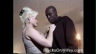 Anna Nicole Smith Interracial BBC SexTape