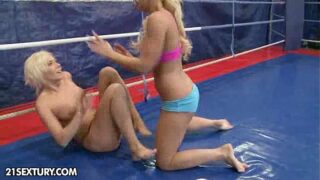 Nude Fight Club Presents:Kelly Cat vs Lisa